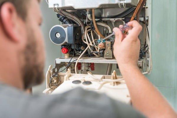 repairing-gas-boiler
